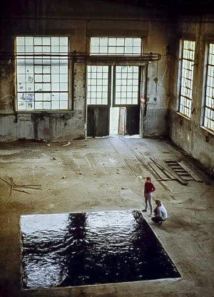 2 Installation in einer alten Fabrikhalle 1986 Karlsruhe